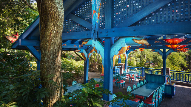 Flame Tree BBQ outdoor seating