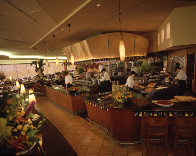 Where Should I Eat At Disney Try These Top Resort Dining Spots